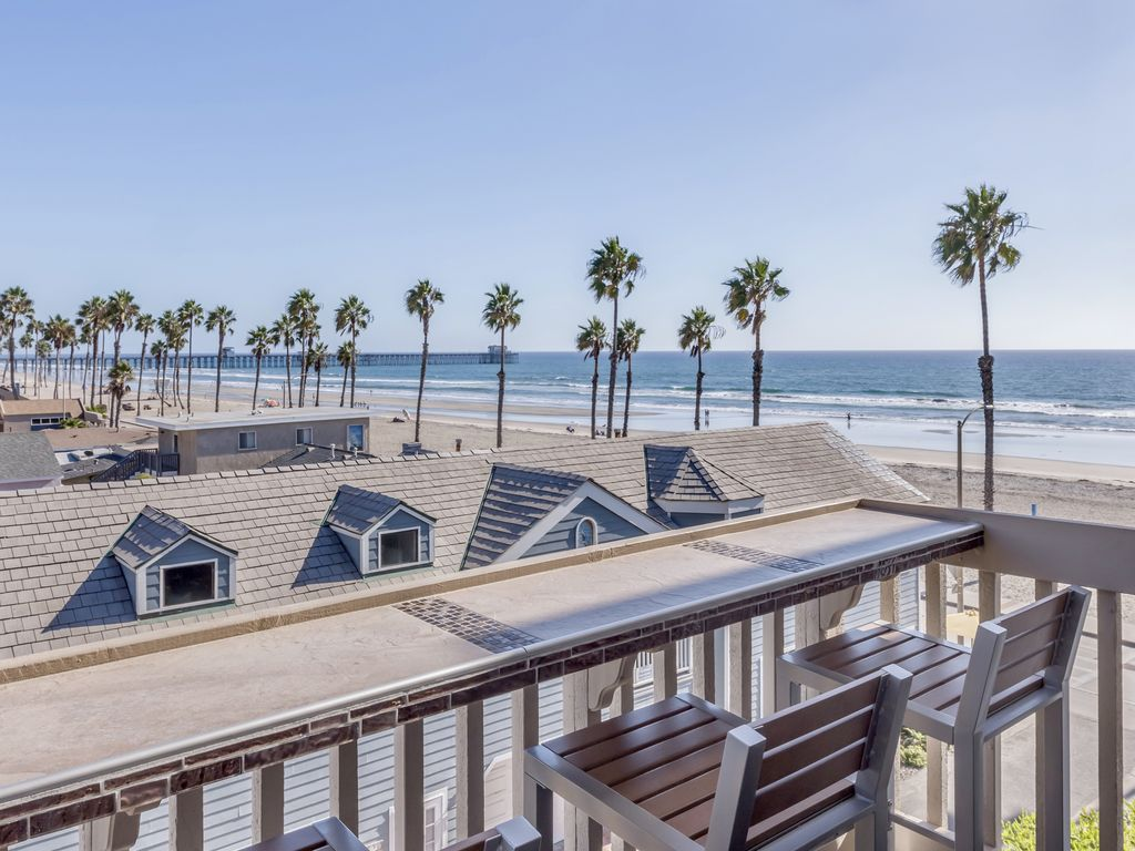 Oceanside vacation property on the strand, $490-505K!